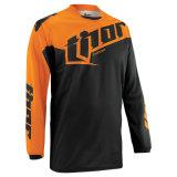 Motocicleta alaranjada do t-shirt da equitação através dos campos da cor que compete Jersey (MAT59)