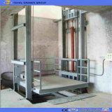 Ascenseur de marchandises de longeron de guide de levage de cargaison d'entrepôt
