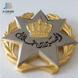 48mm 아연 합금 주물 주문 금 크라운 로고 금속 경찰은 SGS 증명서로 명찰을 단다