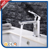 Mélangeur neuf de robinet de bassin pour la salle de bains avec la pente élevée