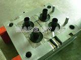 Molde de inyección plástico de alta calidad de Caivities del molde del casquillo