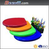 Siège des toilettes coloré de Duroplast avec la charnière d'acier inoxydable
