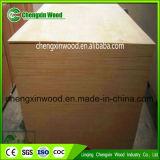 madeira compensada de Okoume do tamanho padrão de 18mm para a mobília