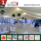 De Tent van de Markttent van de Partij van het Huwelijk van de luxe met de Muren van het Glas en de Deuren van het Glas