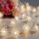 セリウムのRoHS TUV SGSとのWedding Christmas Xmas Partyのための多色刷りのLotus 10m 100 LED Fairy String Lights
