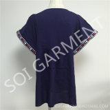 Großhandelsdame-Sleeves eleganter Rayon-Stickerei-Kurzschluss Bluse (DR-112)