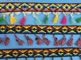 衣服および装飾のための方法ふさのレースのフリンジ