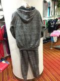 رجل رياضات يتناسب لباس ملابس مع [هوودي] ولهاث