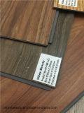 Azulejo europeo del estilo suelo del PVC impermeable y no del resbalón