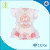 Couches-culottes remplaçables somnolentes de couche de bébé de bonne qualité de la Chine