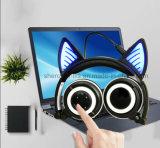 Rádio Handsfree de incandescência patenteado de Bluetooth dos auscultadores da orelha de gato do OEM do esporte
