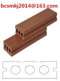 Plancher de aménagement composé en plastique en bois imperméable à l'eau avec le coût bas