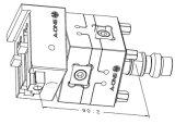 Wire-Cut EDMのための3本の斧の高精度制御ジグ