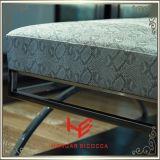腰掛け(RS161804)の腰掛けのバースツールのクッションの屋外の家具のホテルの腰掛けの店の腰掛けの居間の腰掛けのレストランの家具のステンレス鋼の家具を保存しなさい
