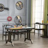 販売のためのぼろぼろのシックな寝室の側面表の鋳鉄表の足