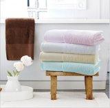 綿の刺繍のロゴの贅沢2017熱い販売法の浴室タオル
