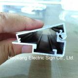 表示を広告するための極めて薄いLEDのライトボックスアルミニウムフレーム