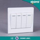 Польза переключателя стены шатии 1way стандарта 4 Igoto UK для дома
