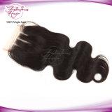 cabelo humano do fechamento natural ondulado peruano do laço do corpo 8A