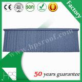 Tuile de toiture enduite en métal de pierre de matériau de construction dans le prix de gros
