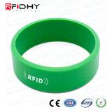 Braccialetto & Wristband promozionali del silicone RFID dello Smart Card di stampa della matrice per serigrafia