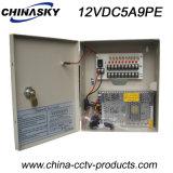 9 blocs d'alimentation de télévision en circuit fermé enfermés dans une boîte par Manche avec le blocage et la DEL sur C.C 12V 5A (12VDC5A9PE) de porte