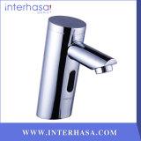 Qualitäts-Badezimmer-Toiletten-automatischer Hahn-Infrarot-Sensor-kalter/heißer medizinischer Messinghahn