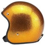 Красный шлем мотоцикла хлопь металла