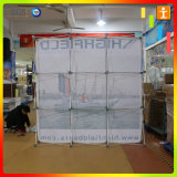 Il tessuto diritto esterno o dell'interno schiocca in su la visualizzazione per la pubblicità o la mostra
