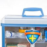 壁に取り付けられた常備薬戸棚のロックできる薬の収納箱