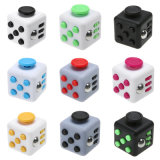 La meilleure qualité soulage le stress du stress Attention Game Desk Fidget Cube