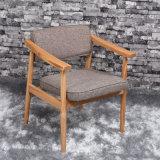 رماديّة وسط ظهر إطار خشبيّة يتعشّى كرسي تثبيت ([ك720-10-1])