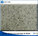 고품질 (단 하나 색깔)로 마루청을 깔기를 위한 300X300 석영 돌 도와