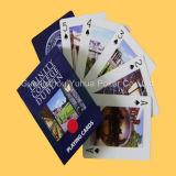 フルカラーの広告のトランプのカジノのカード
