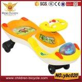 Juguetes azulverdes rojos amarillos de los coches del niño de la fábrica china
