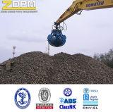 掘削機によっては大きい容量の持ち上がるバケツが取り組む