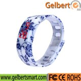 Gelbert 남자 또는 여자 고무 LED 남녀 공통 스포츠 디지털 시계