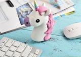 Côté mobile de pouvoir de chargeur d'Emoji de dessin animé