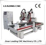 machine de découpage en bois de la commande numérique par ordinateur 3D avec le commutateur automatique d'outil