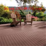 WPC Impermeable Larga Vida al aire libre Patio de madera o suelo (a lo largo del río, lago, piscina, piscina)