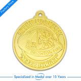 Medalha feita sob encomenda da concessão da prata da antiguidade do metal do esmalte da forma como o presente