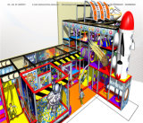Спортивная площадка космического пространства занятности Cheer опирающийся на определённую тему крытая
