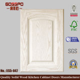 Portello di legno decorativo dell'armadio da cucina della vernice bianca (GSP5-028)