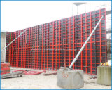 Molde concreto do metal para o muro de cimento do edifício