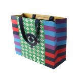 Bolsas de papel impresas compras modificadas para requisitos particulares de la alta calidad de la impresión de Cmyk con las manetas