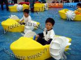 かいボート、豊富なボート、プールのゲーム