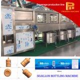 Machine recouvrante remplissante en hausse de l'eau minérale de baril de 5 gallons