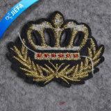 Het nieuwe Flard van het Borduurwerk van de Kroon van de Manier voor Uniformen
