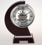 고전적인 책상과 테이블 시계, 우아한 나무로 되는 책상 시계