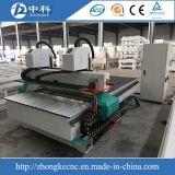 販売のためのCNCのルーターの木製の切り分ける機械